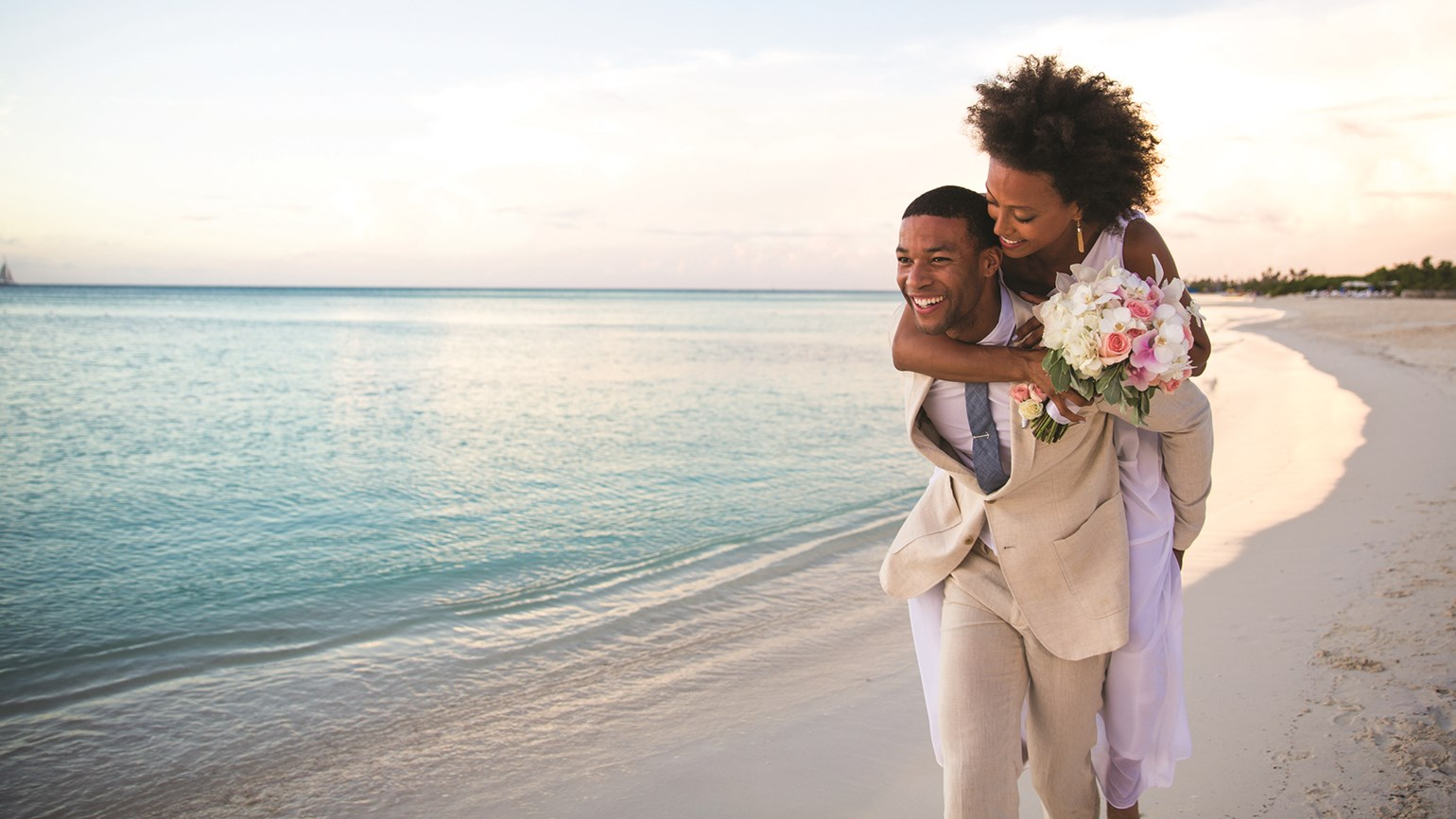Aruba brings vow renewal event to its shores