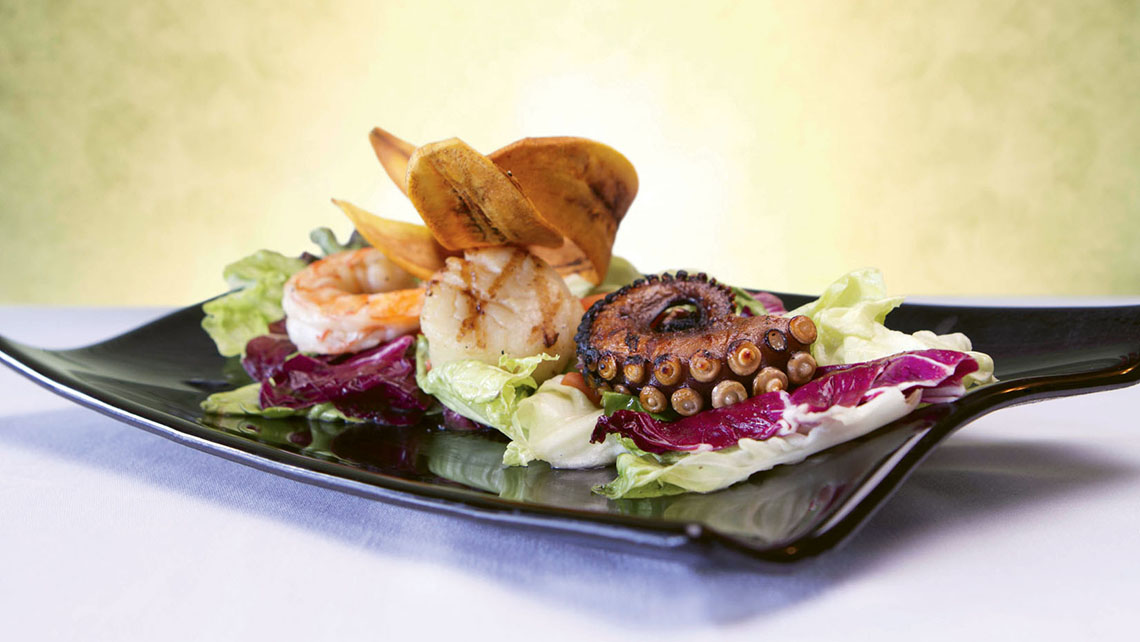 The property's El Faro restaurant offers globally inspired cuisine with themed menus nightly.