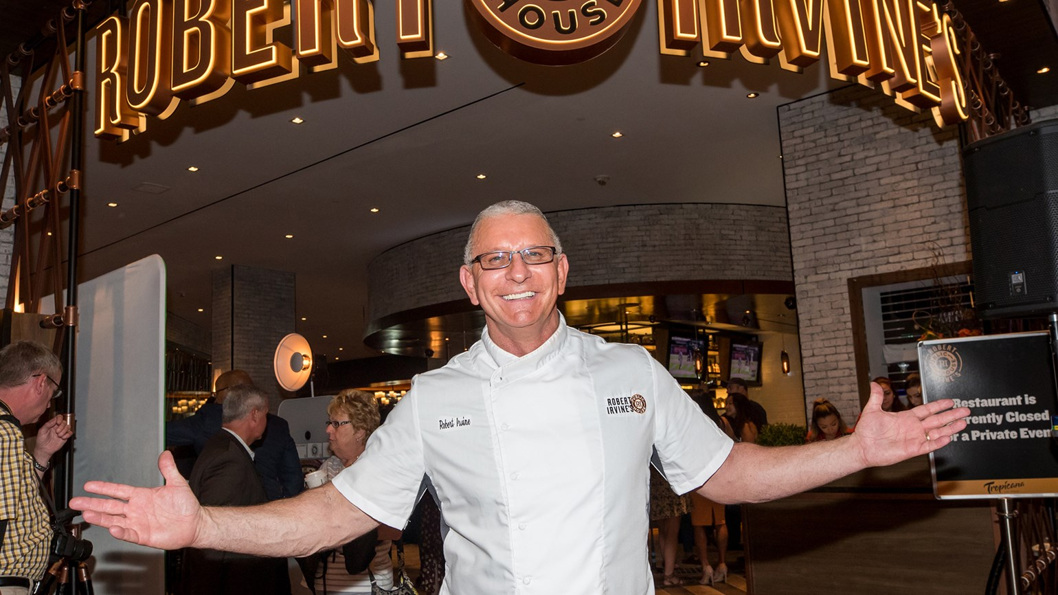 With Public House, Robert Irvine strives for laid-back, local vibe