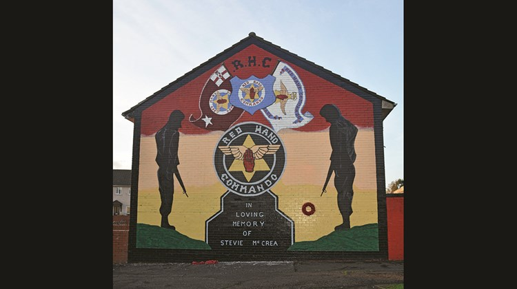 Belfast&#39;s murals are the focus of &#39;&#39;black taxi tours.&#39;&#39;<br /><br /><strong>Photo Credit: Ben_Kerckx/Pixabay</strong>