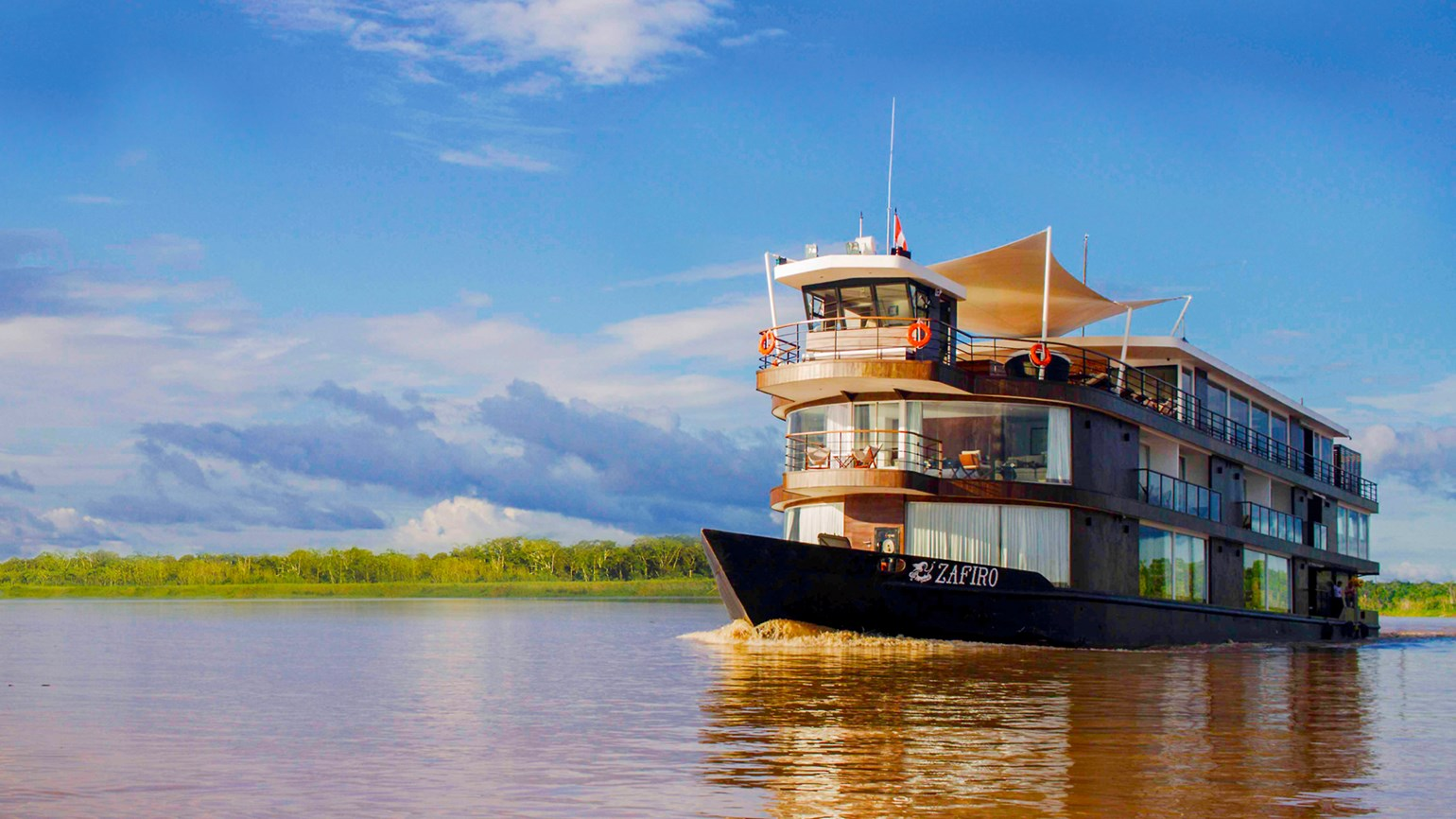 International Expeditions charters ship for Peruvian Amazon cruises