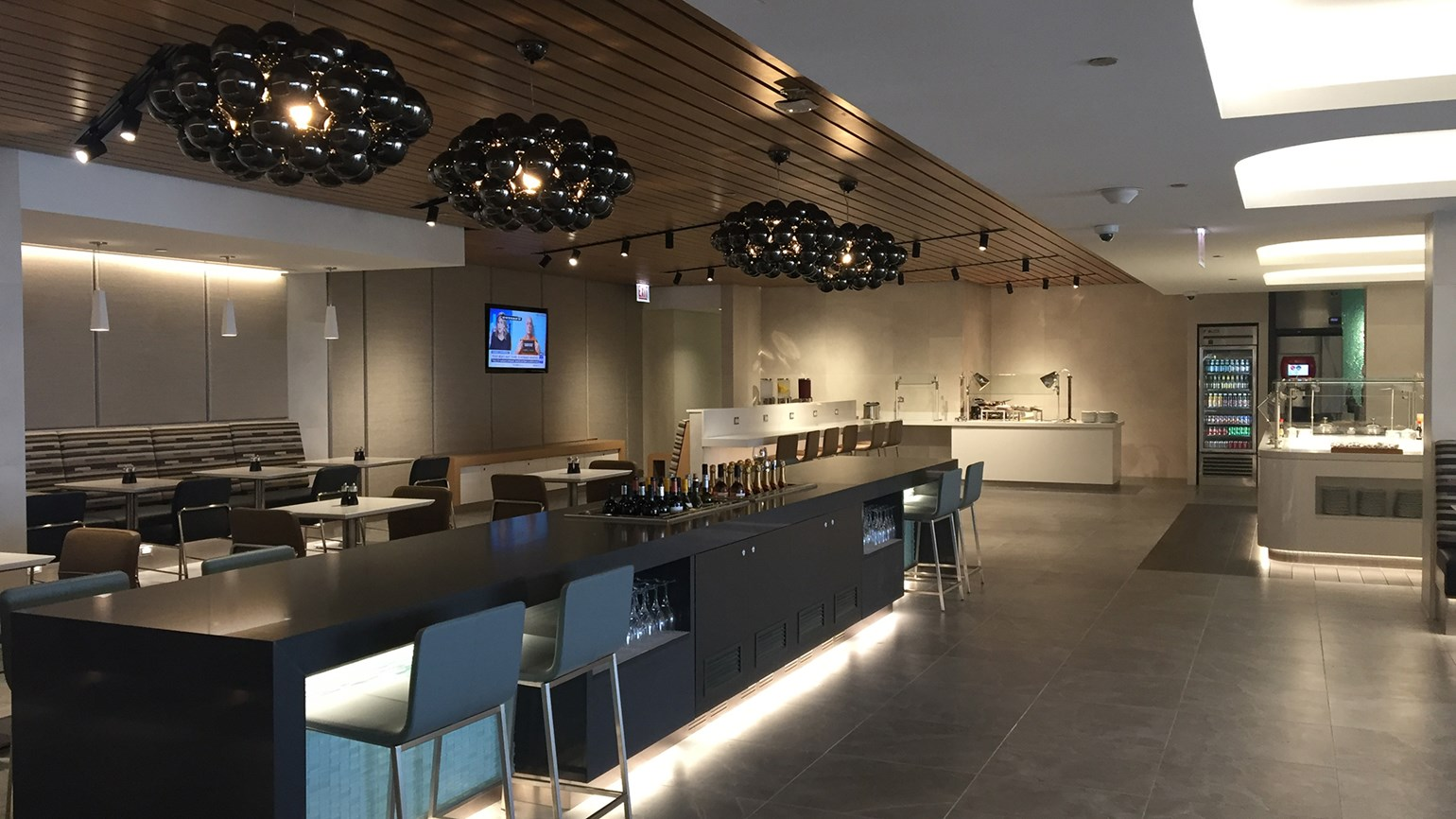 American Opens Flagship Lounge At O Hare Travel Weekly