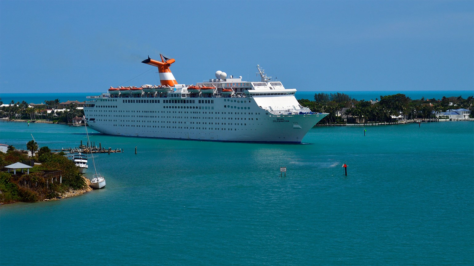Cruise ship chartered for relief mission in St. Thomas