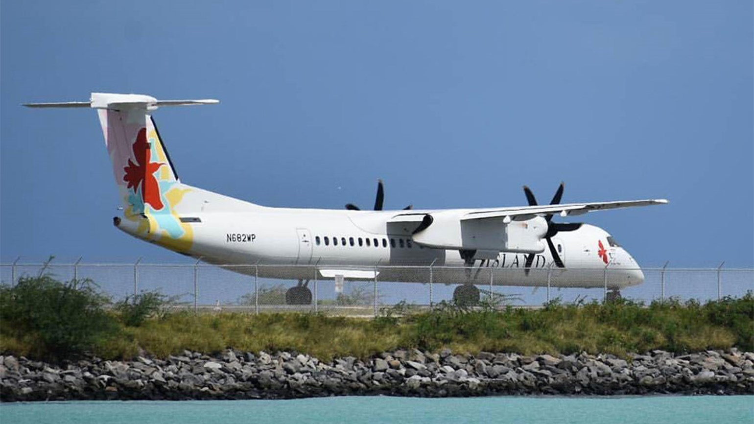 Legal challenges force Island Air to file Chapter 11