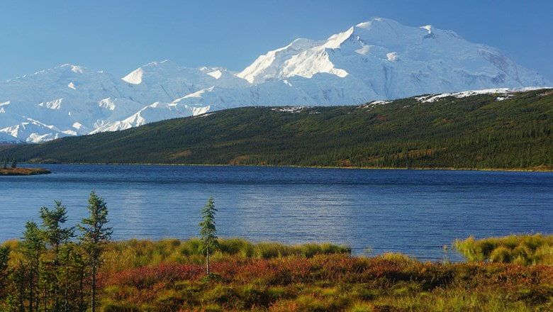 The Denali Explorer itinerary spends two days in Denali National Park.