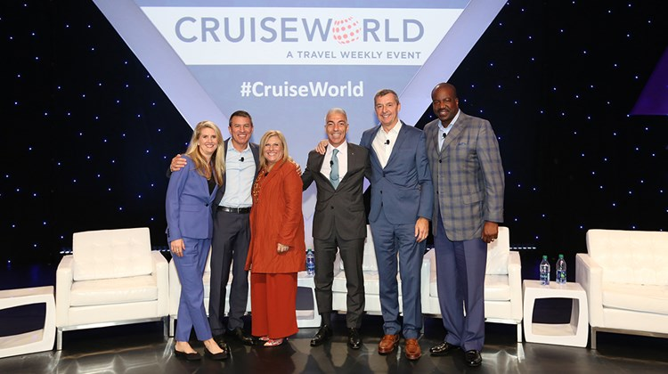 The Presidents&#39; Panel at CruiseWorld, from left: Jan Swartz of Princess Cruises and Carnival Australia, Andy Stuart of Norwegian Cruise Line, Lisa Lutoff-Perlo of Celebrity Cruises, Roberto Fusaro of MSC Cruises, Michael Bayley of Royal Caribbean International and Orlando Ashford of Holland America Line.<br /><br /><strong>Photo Credit: Creative Focus</strong>