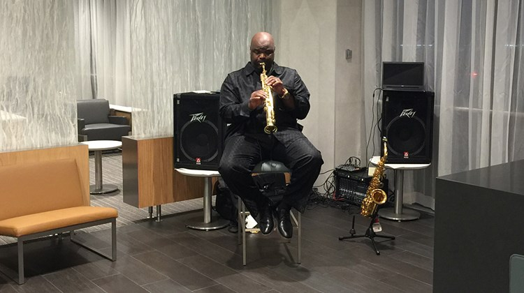 Attendees of the Flagship Lounge gala were treated to a live jazz performance.