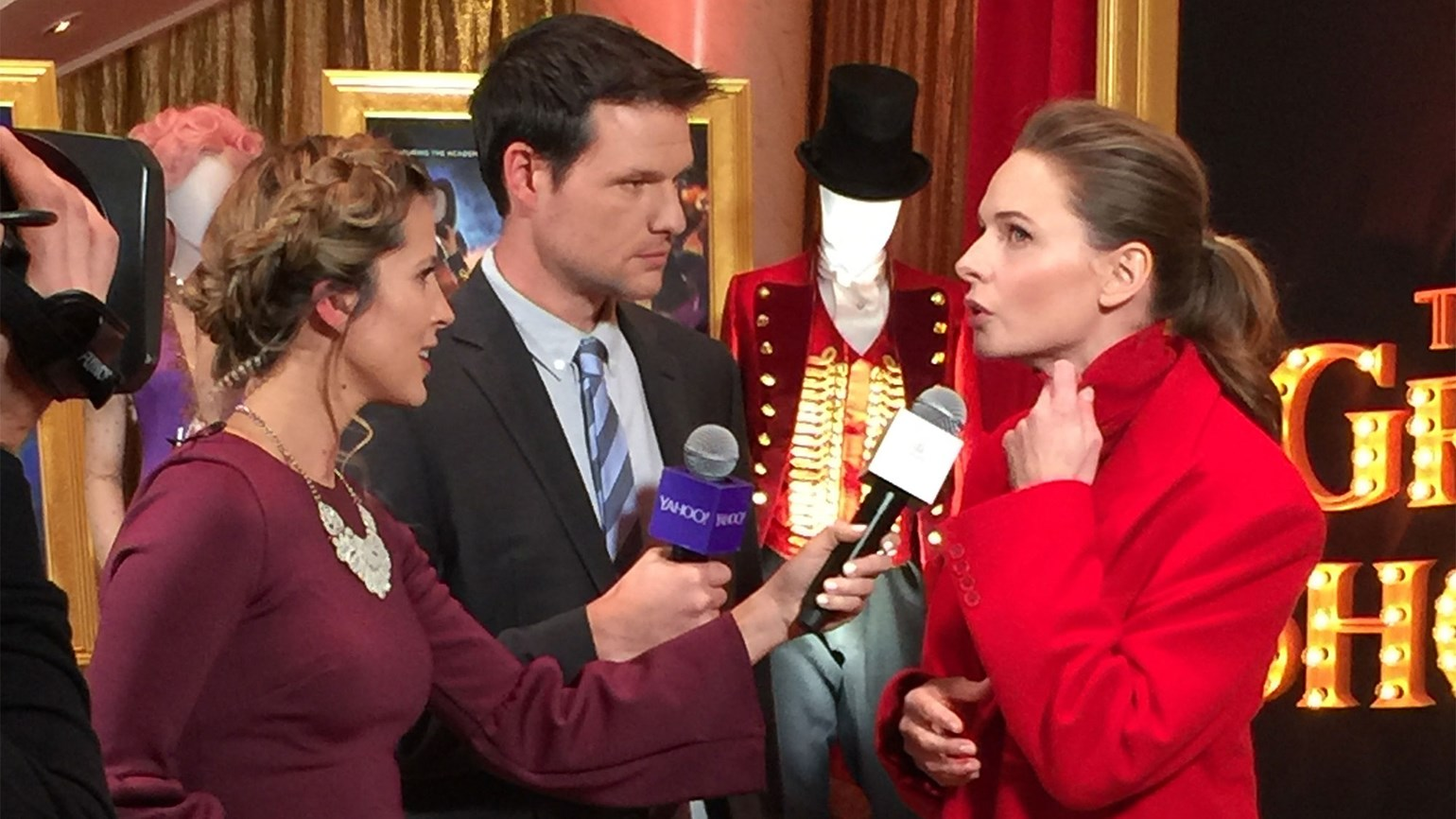 """The Greatest Showman"" premieres on Cunard ship"