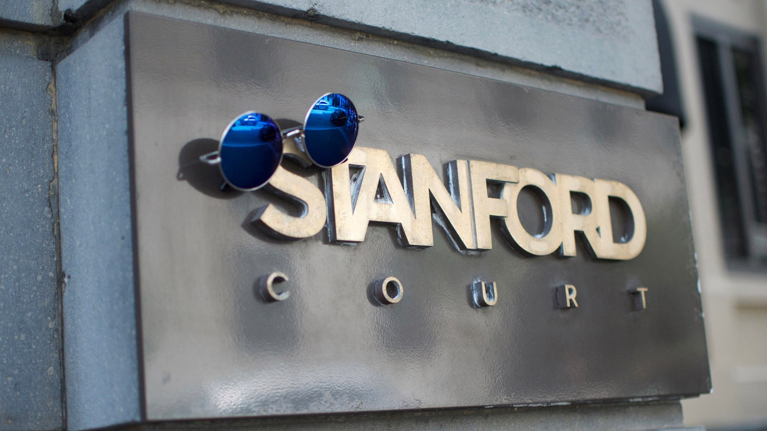 Stanford Court in San Francisco offers 'Summer of Love' package