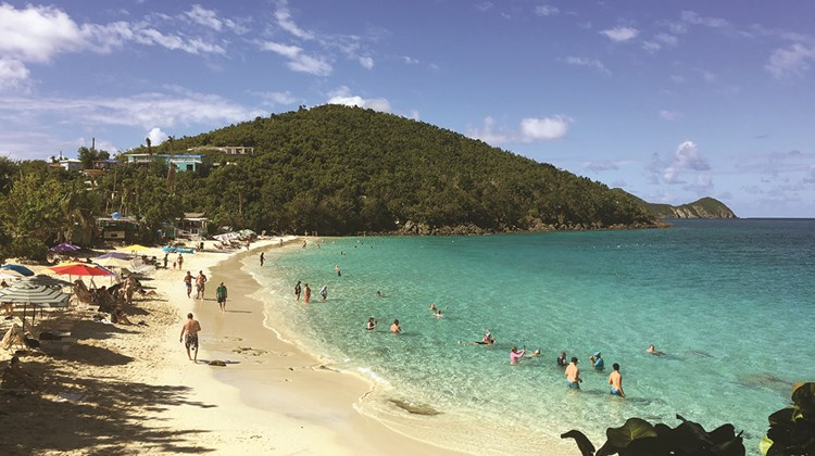 Cruise passengers enjoy St. Thomas&#39; Coki Beach.<br /><br /><strong>Photo Credit: TW photo by Johanna Jainchill</strong>