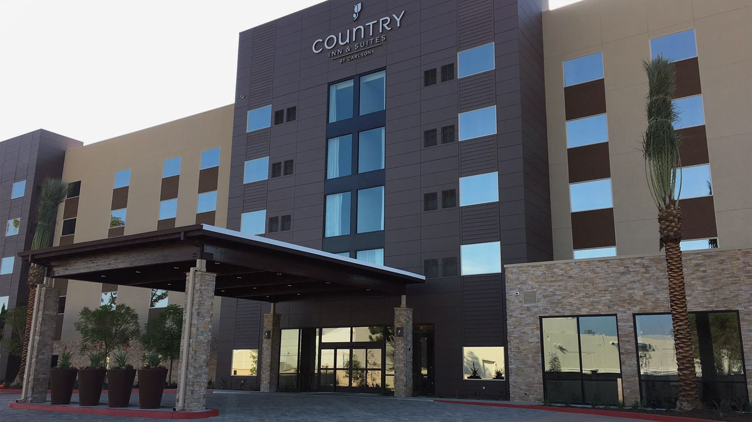 Country Inn & Suites gets Radisson connection