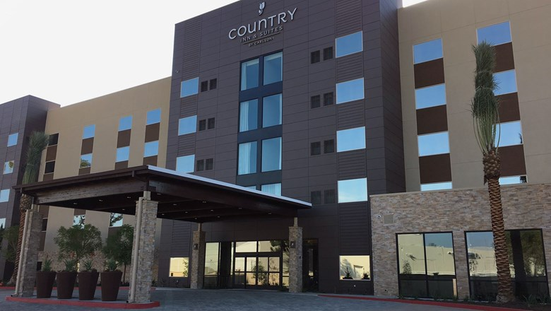 24208f35b69 Country Inn & Suites gets Radisson connection. By Jerry Limone