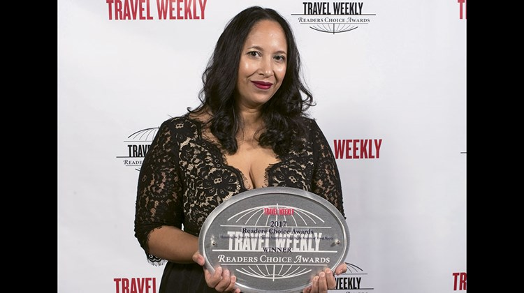 Natasha Lee Soy of the Aruba Tourism Authority. Aruba won the Readers Choice Award for Caribbean destination.