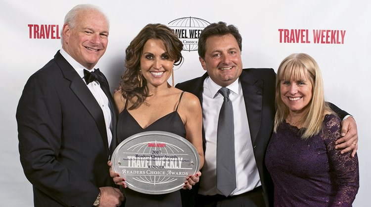 Howard Tanenbaum, Andrea Wright, Kevin Froemming and Karen Callahan of Playa Hotels & Resorts, winner in the Mexico category.