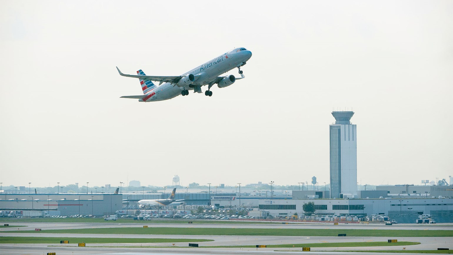 Chicago, American Airlines reach deal on O'Hare expansion