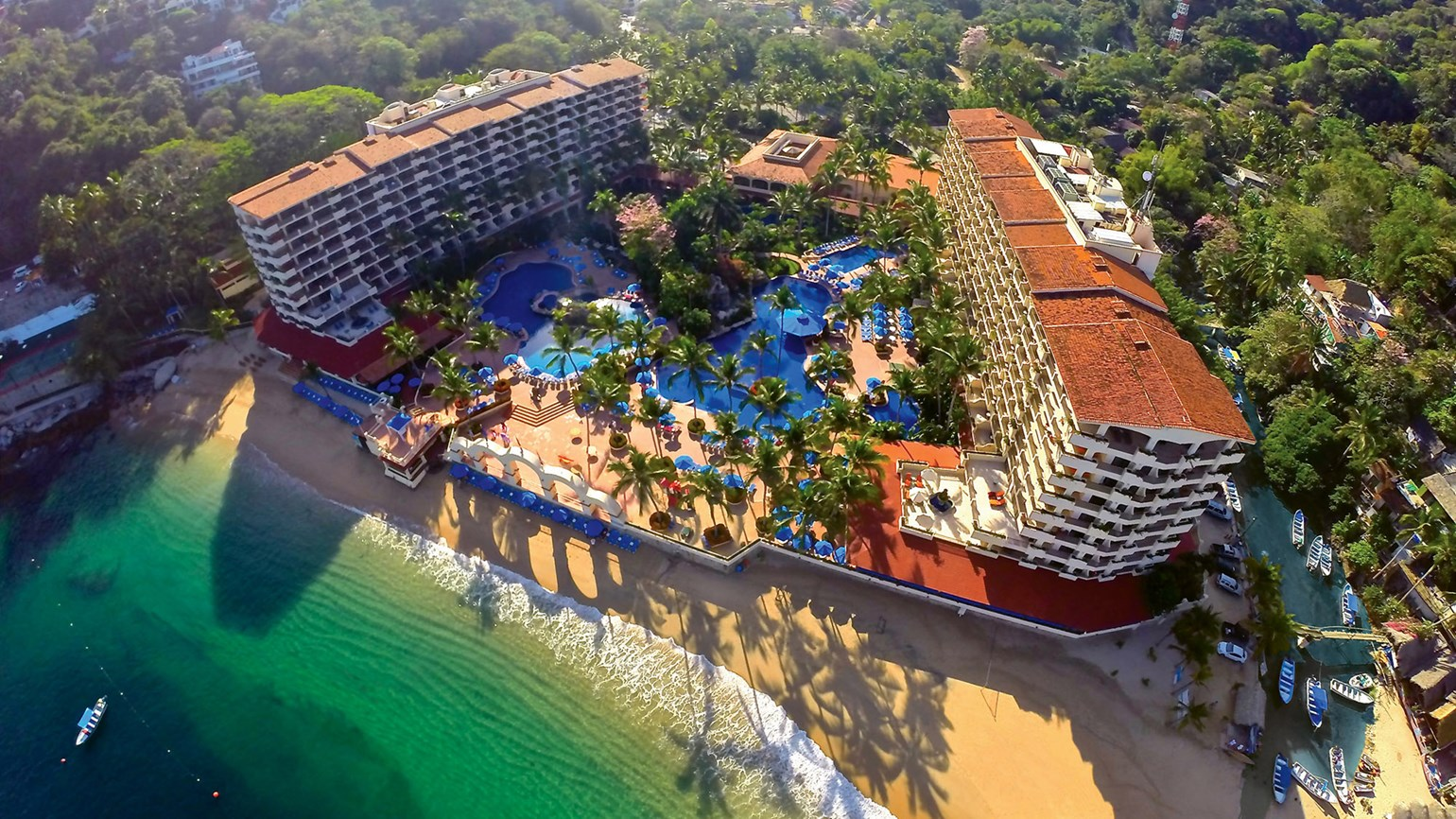 Barcelo Puerto Vallarta features 'Long Stay Summer Special'