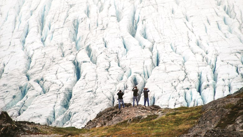Itineraries include Root Glacier hikes in the Wrangell Mountains.