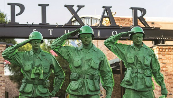 Toy Story Land To Feature Flying Saucer Ride Army Men March Travel