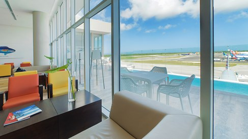 Punta Cana Airport opens VIP lounge with pool