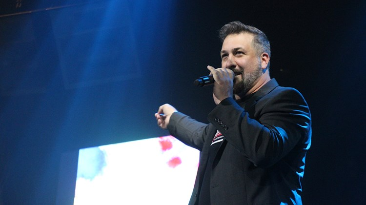 TV personality and former 'NSync member Joey Fatone served as Showstopper Awards host.