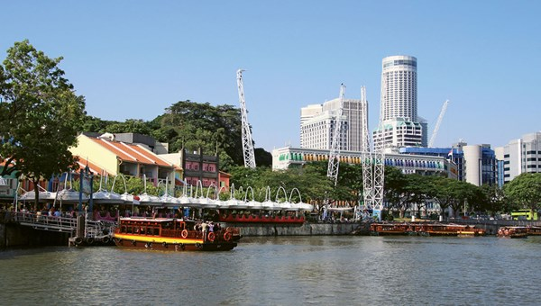Clarke Quay is recommended for chili crab and other signature Singaporean dishes.