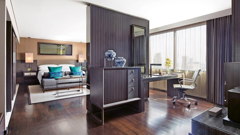 An Executive Suite at the Bangkok Marriott Marquis Queen's Park, which is near downtown shopping and restaurants.