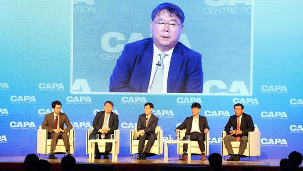 Eastar Jet's Jong Gu Choi (second from left) believes North Korea will open its skies first before its land borders in the event of any reunification.
