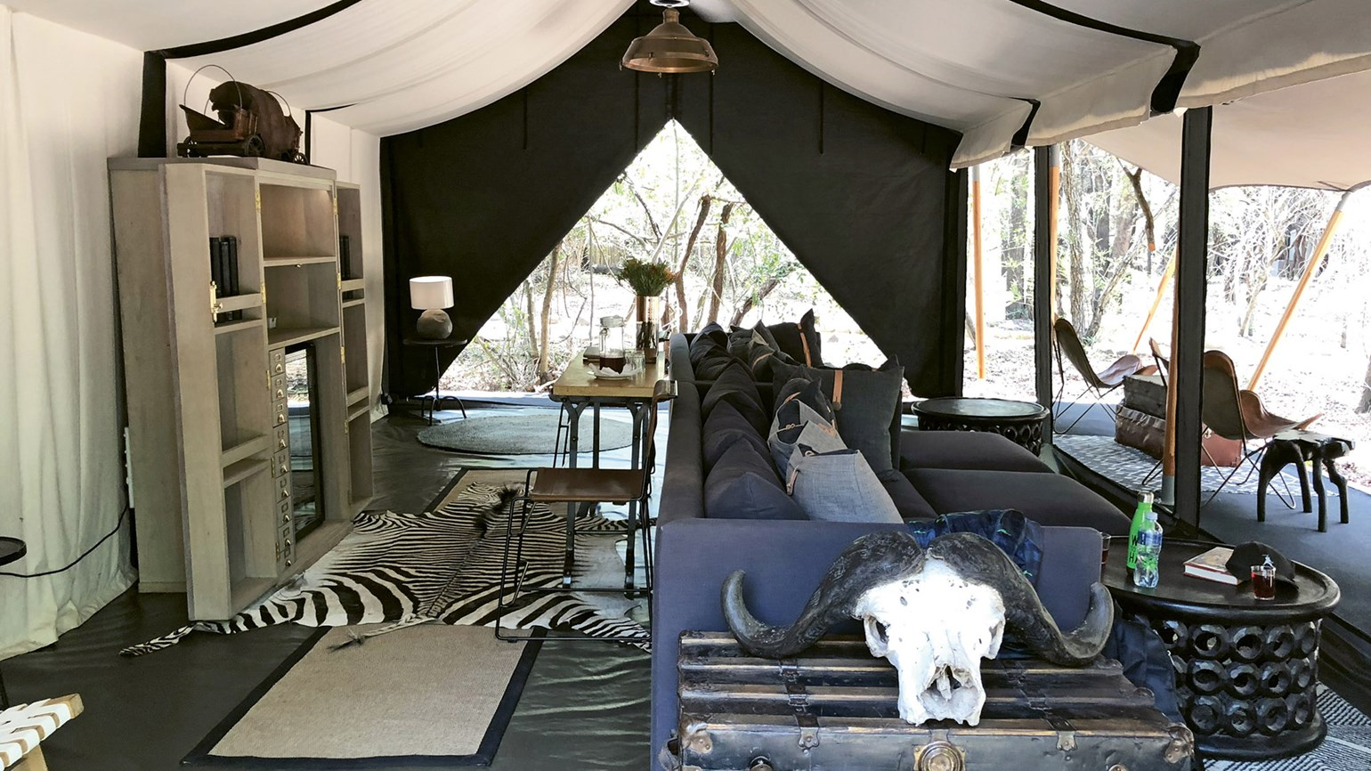 South Africa lodgings feature beauty and beasts