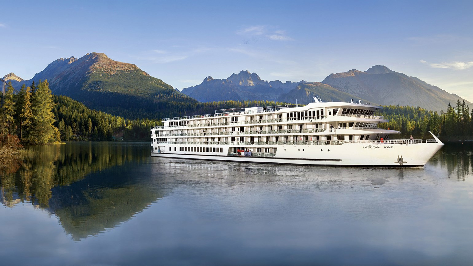 River cruises have returned to the Pacific Northwest