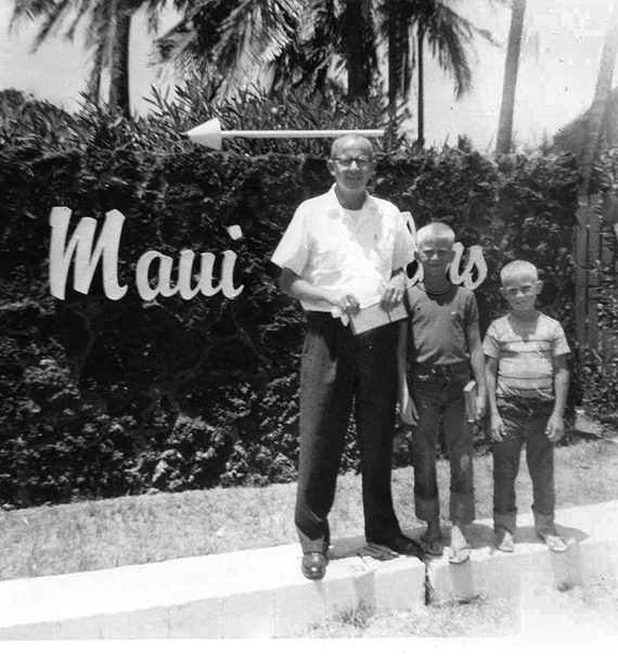 Pal Anderson and his sons, Van and Brad, in Maui in 1962.