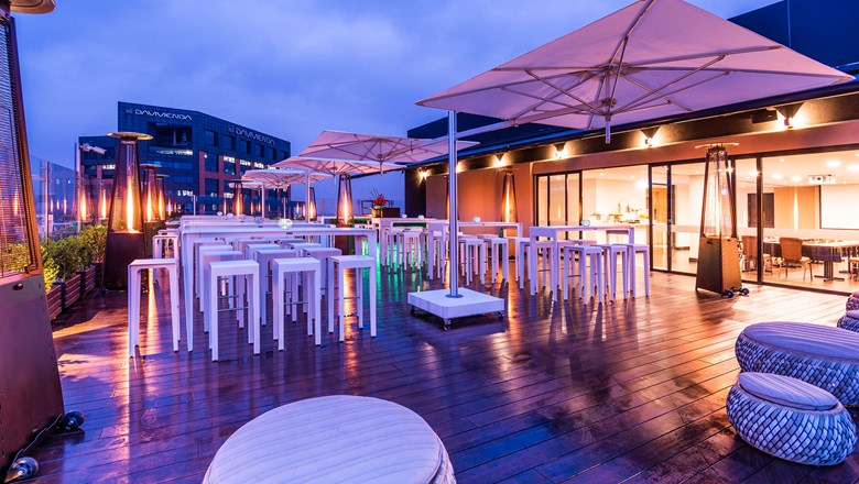 Sky 15, the new rooftop bar at the Hilton Bogota.