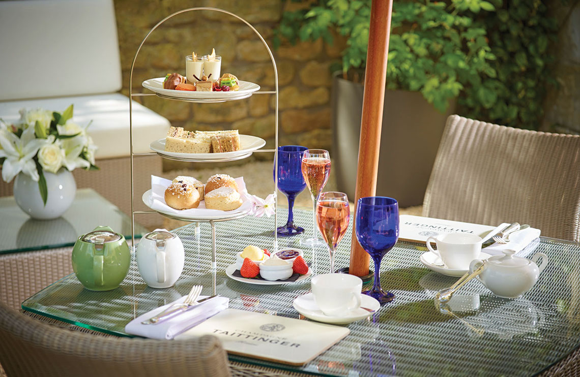 The hotel offers afternoon tea with Champagne.