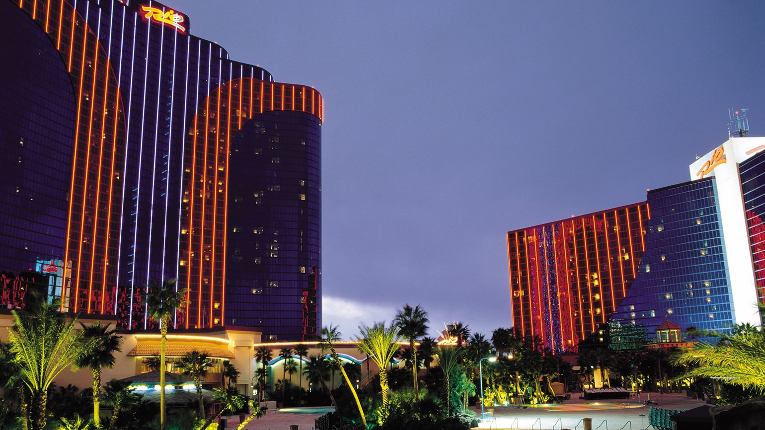 Caesars selling Rio but will continue to operate the hotel
