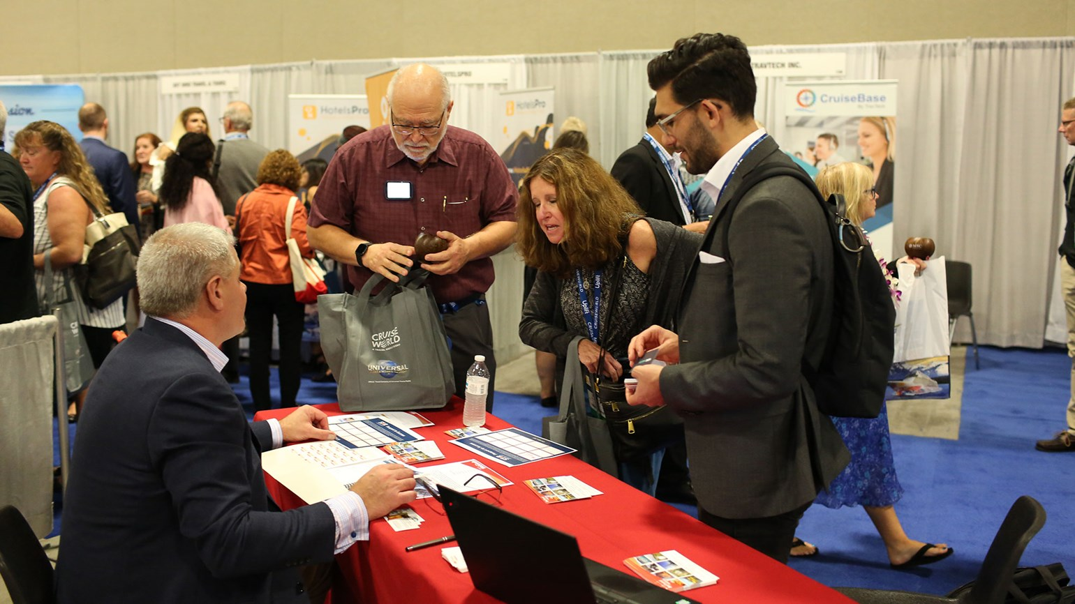 CruiseWorld Day 2: Buzz and enthusiasm at exhibitor showcase
