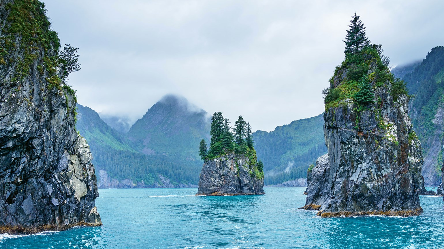 Railbookers offers 8 Alaska itineraries for summer