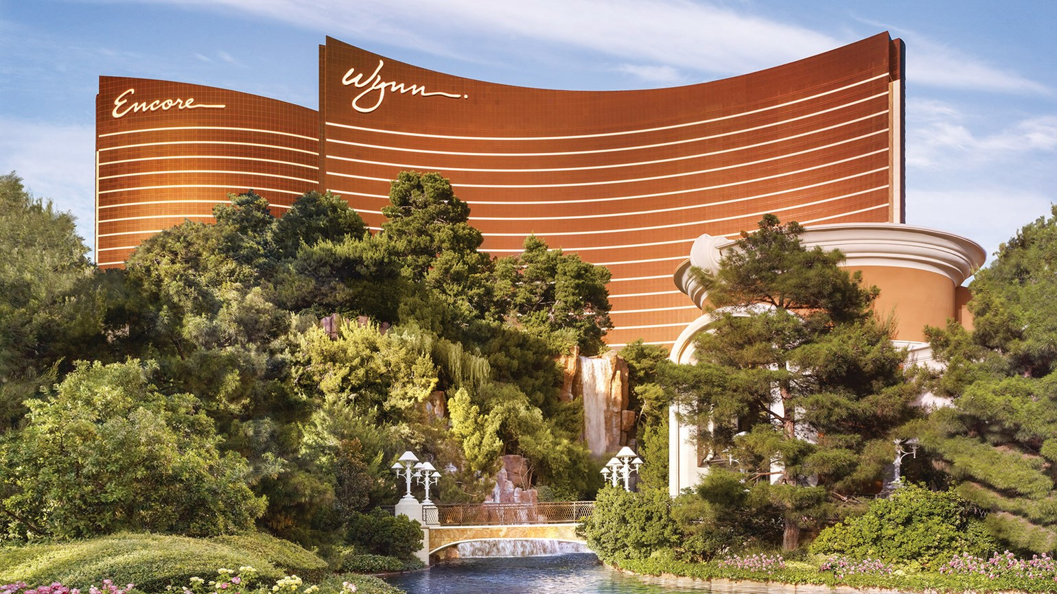 Wynn says Las Vegas staff need a vax or weekly test