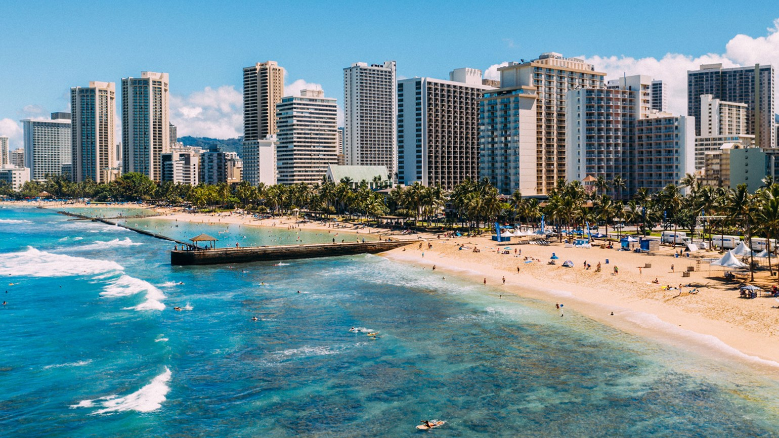 Hawaii officials plan to toughen travel rules for visitors