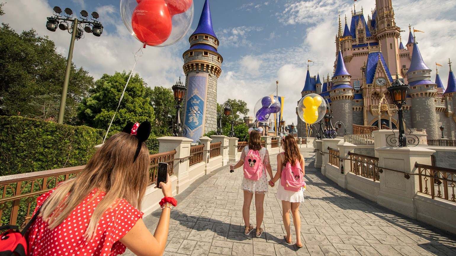 Disney World Park Hopper practices will begin in January