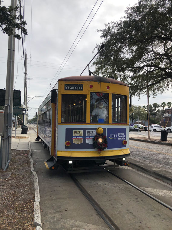 A free light-rail streetcar connects Ybor City with downtown Tampa.