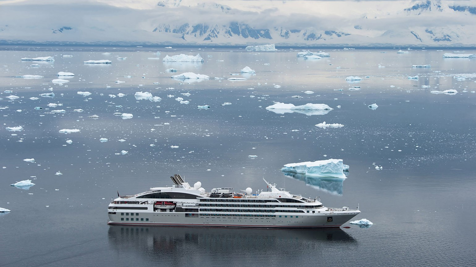 Ponant and Smithsonian Journeys team up for a series of themed sailings