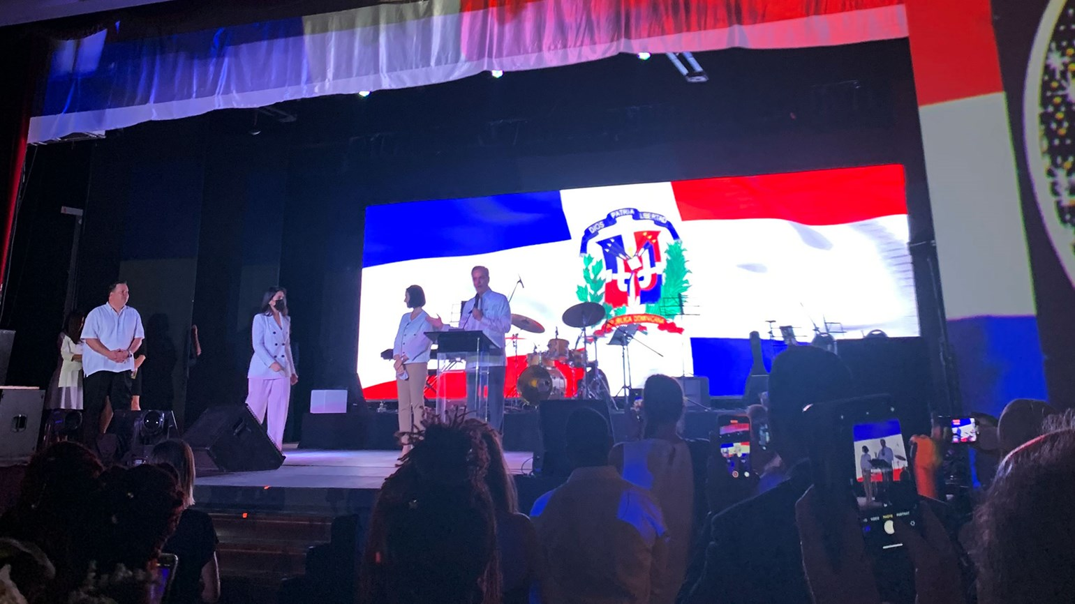 Dominican president makes his pitch for tourism at ALG Vacations event