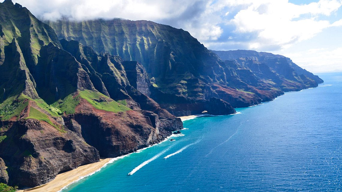Kauai pushes for stricter safety requirements for arrivals