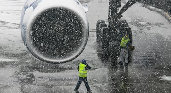 Airlines blame weather for steep drop in February on-time performance