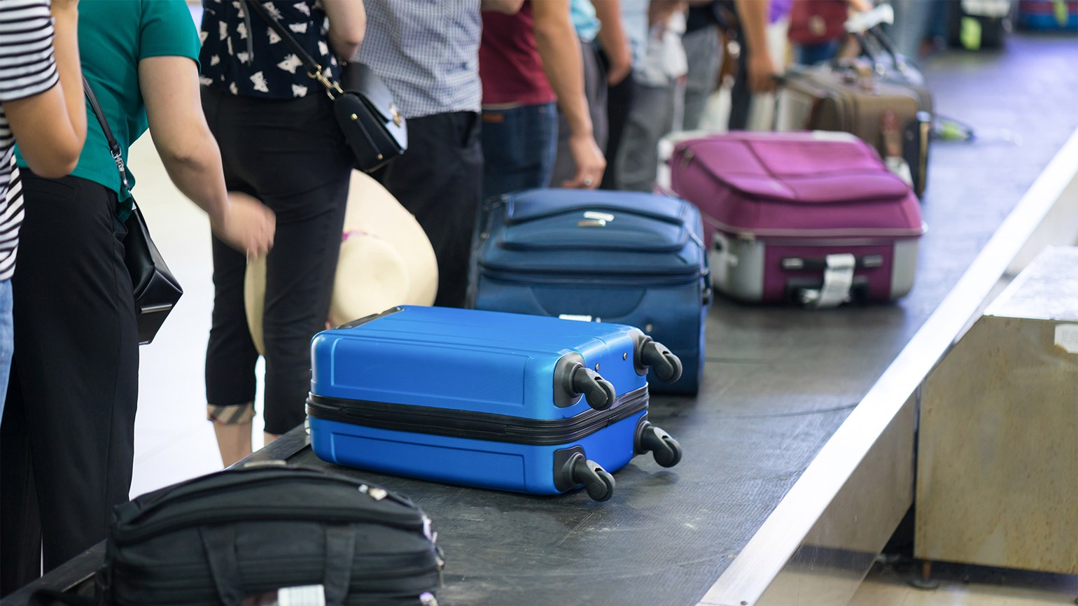 DOT calls for bag-fee transparency in midnight regulation