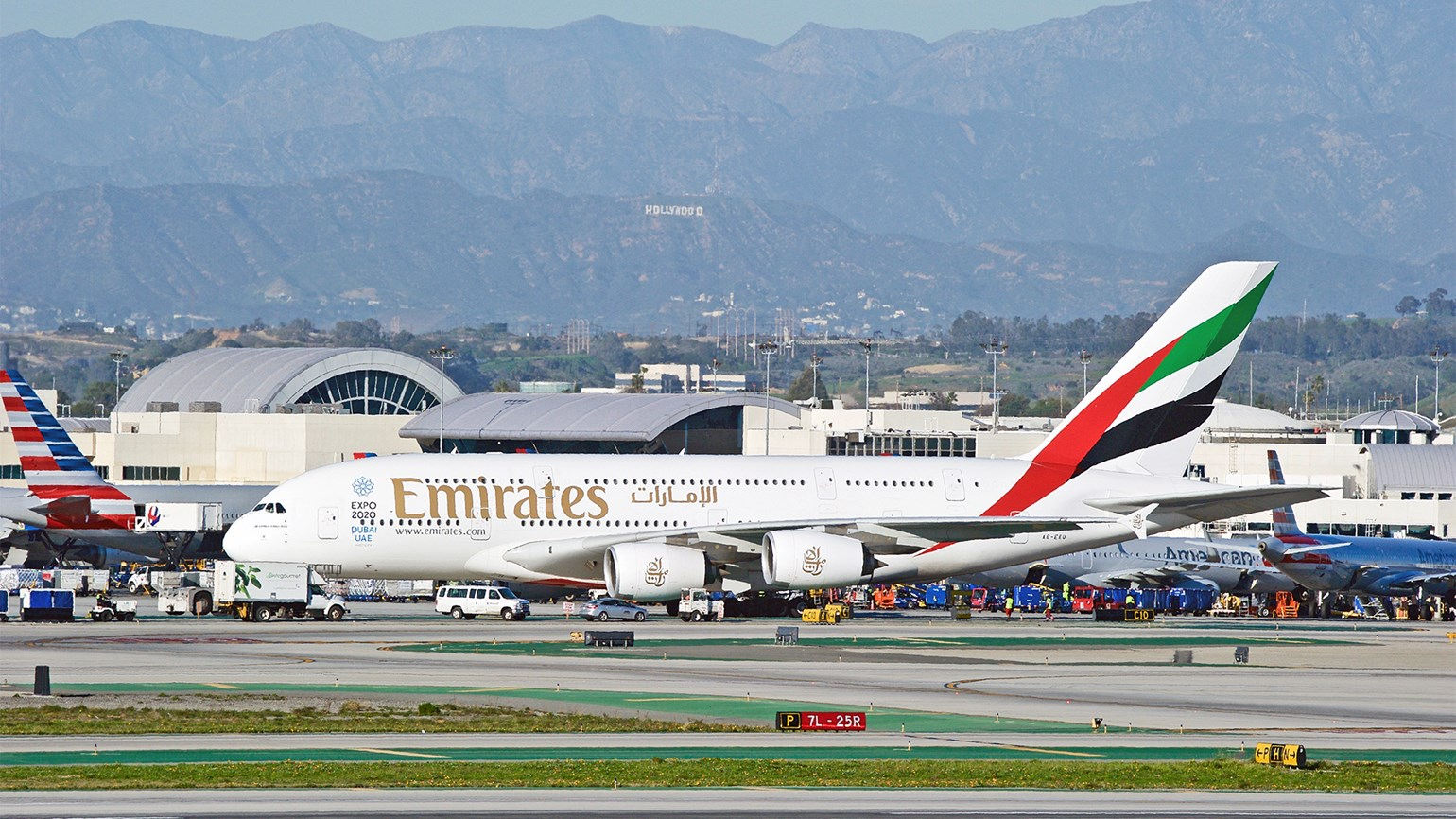 DOT fines Emirates $400,000 for Iran overflights