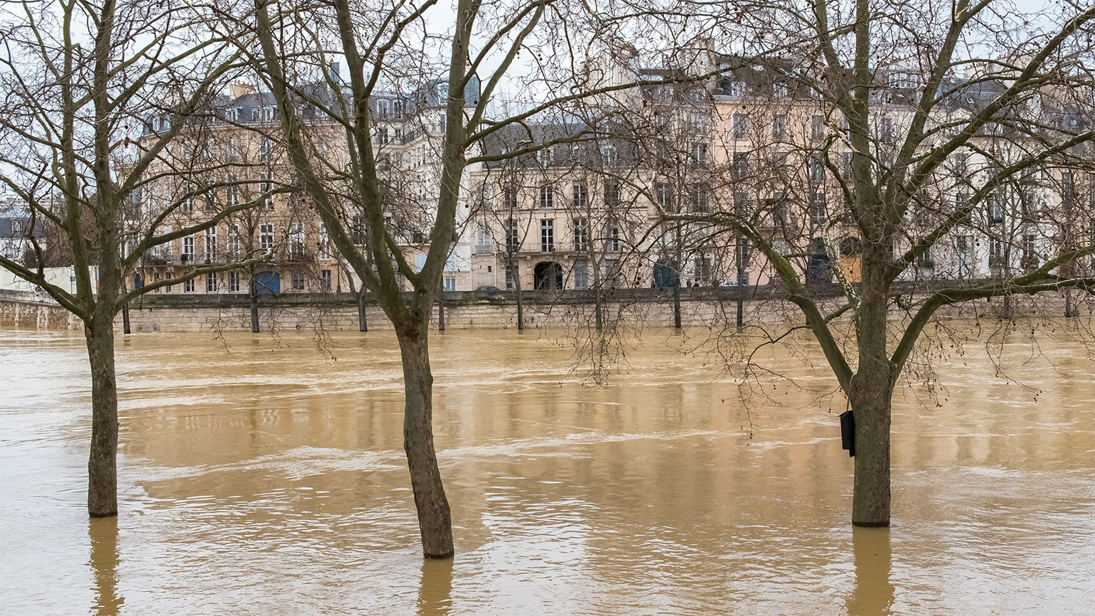 Seine keeps rising in Paris as more rain hits France