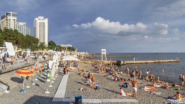 Sochi, Lighthouse Beach
