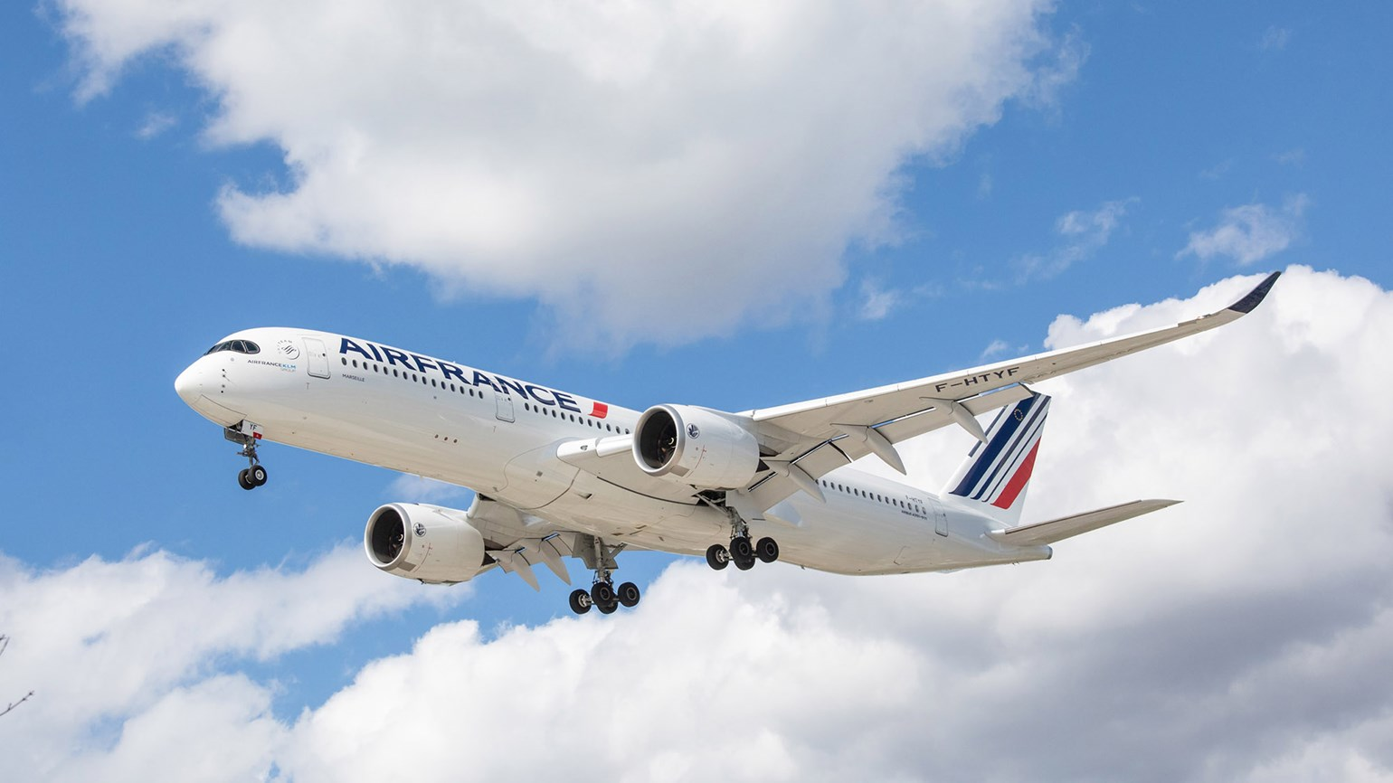 Air France A350 [credit: sockagphoto/Shutterstock.com]
