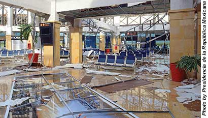 Los Cabos_airport damage
