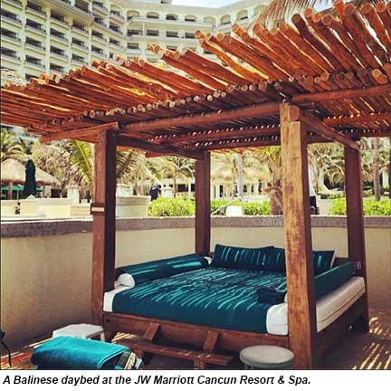 Balinese daybed, JW Marriott Cancun